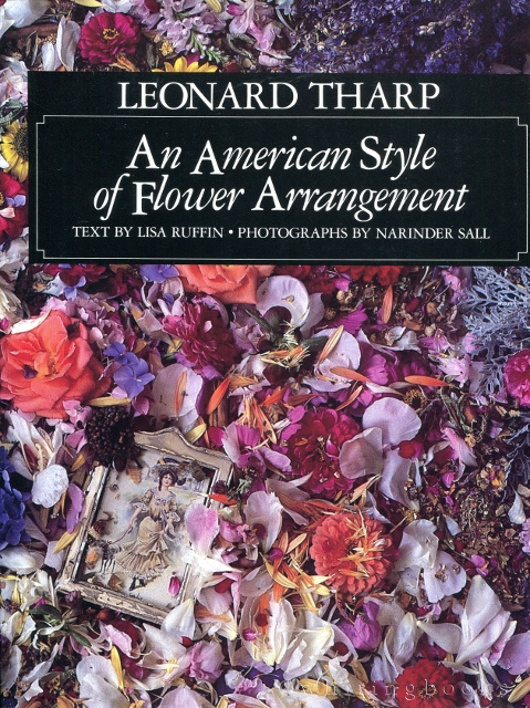 Image for Leonard Tharp: An American Style of Flower Arrangement